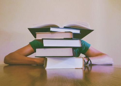 books-927394_640